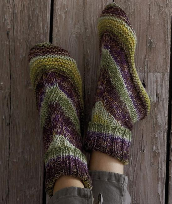 Alaskan House Socks Free Knitting Pattern