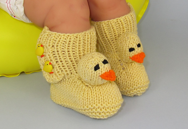 Free knitting pattern for Baby Chick Booties and more booties knitting patterns