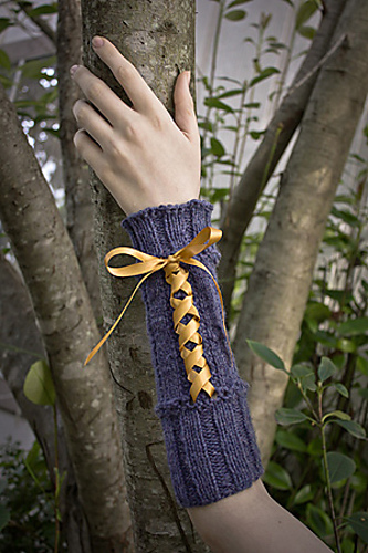 Free knitting pattern for Beribboned Wrists mitts and more wristwarmer knitting patterns