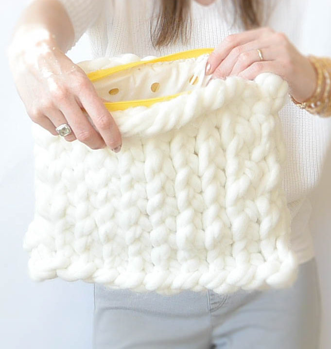 Free Knitting Pattern for Easy Giant Yarn Clutch