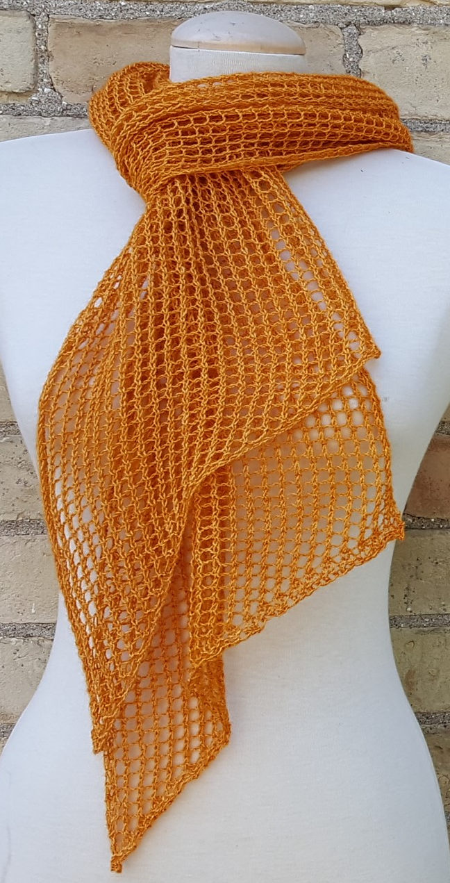 Free Knitting Pattern for 2 Row Repeat Delta Scarf