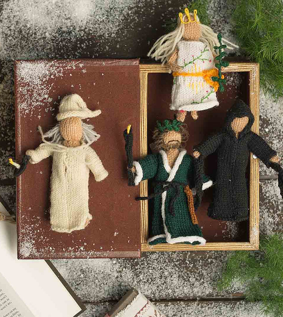 Knitting Pattern for Christmas Carol Doll Ornaments