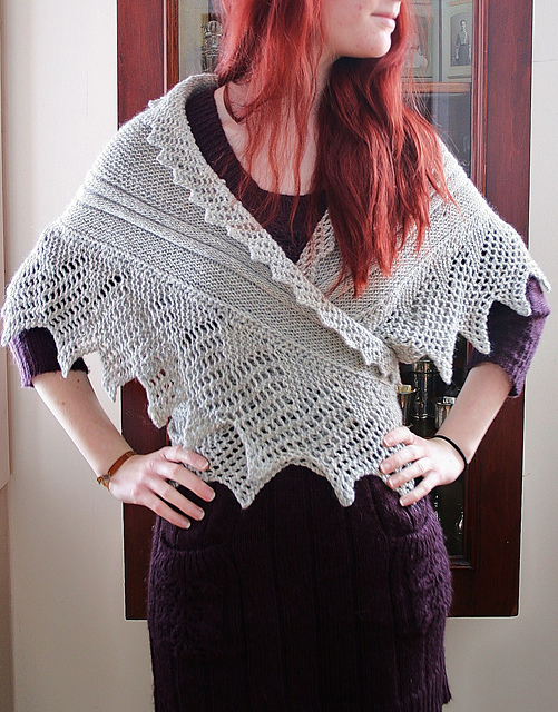 Free knitting pattern for Kællingesjal 1897;recreation, Museum, Denmark by Mette Rørbech