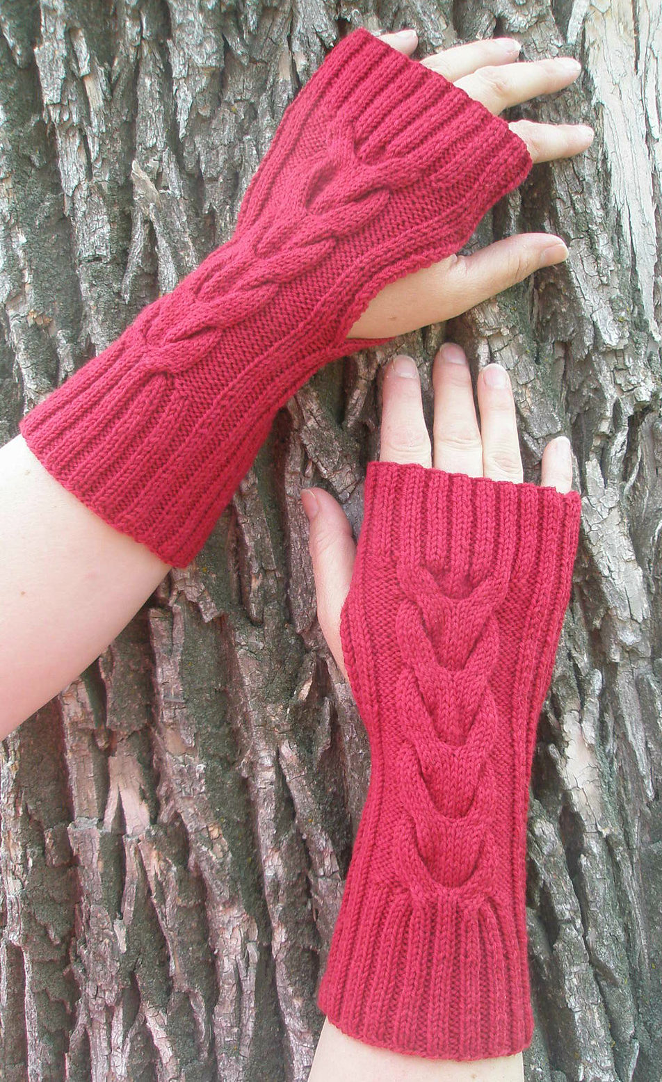 Knitting Pattern for Easy Lucky Horseshoe Hand Warmers