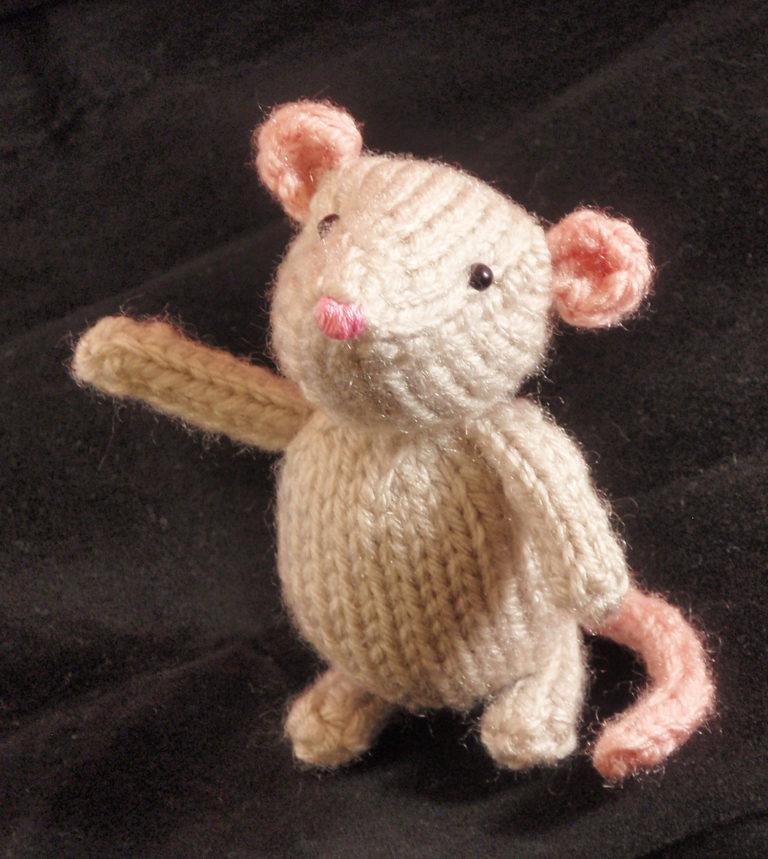 Free Knitting Pattern for Marisol Mouse
