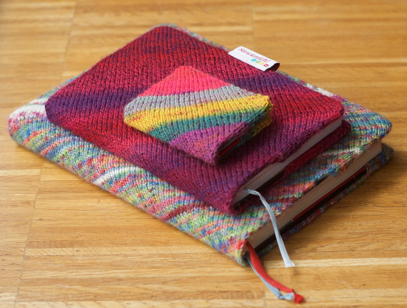 Free Knitting Pattern for One for the Books Cover