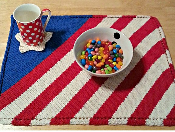Free knitting pattern for Patriotic Placemat