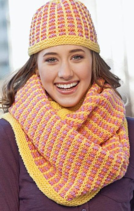 Knitting Pattern for Reykjavik Hat and Infinity Scarf Set