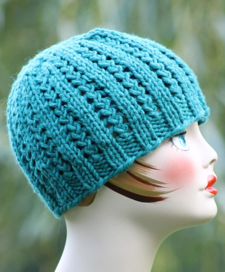 Free Knitting Pattern for 2 Row Repeat Rickrack Braid Hat