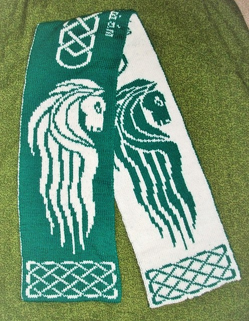 Free knitting pattern for Rohan Banner Scarf