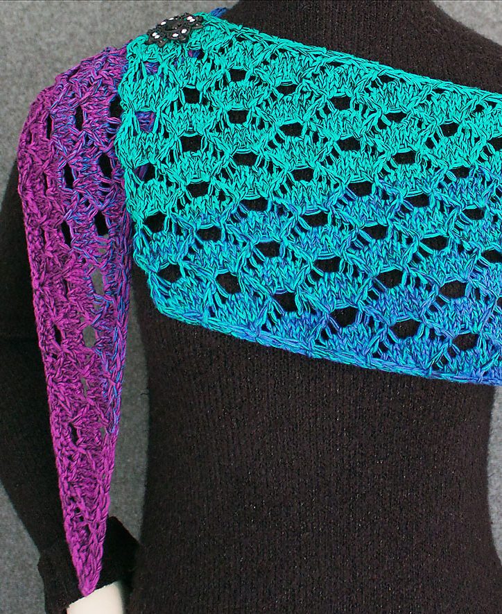 Knitting Pattern for 4 Row Repeat Serpent Scales Shawl