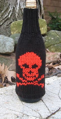 Free knitting pattern for Skull Bottle Cozy