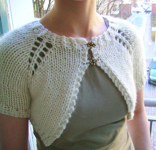 Free knitting pattern for Anthropologie Inspired Capelet shrug modeled after First Frost