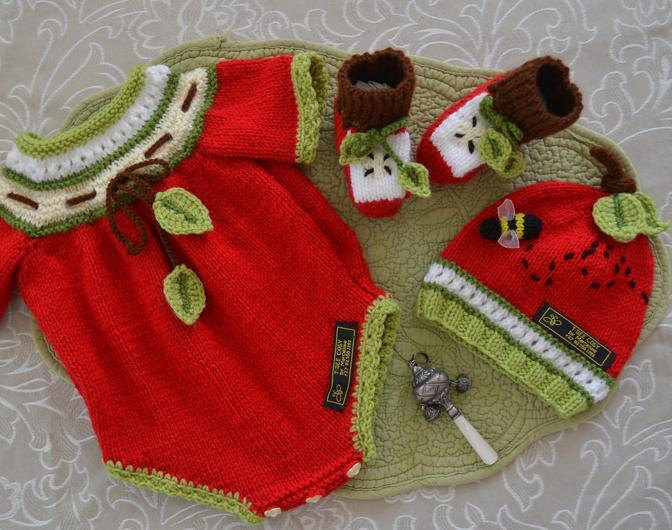 Knitting Pattern for Apple of My Eye Onesie, Hat, and Booties
