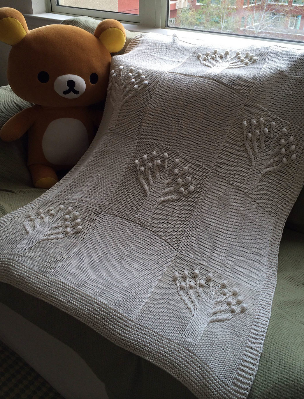 Free Knitting Pattern for Apple Tree Baby Blanket