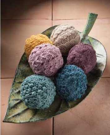 Knitting Pattern for Aromatherapy Balls