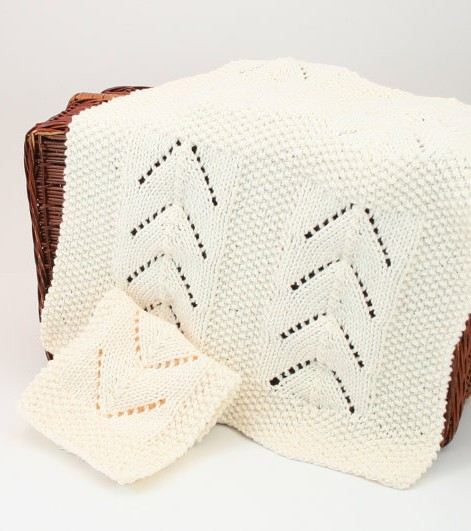 Knitting patterns for towel and wash cloth set