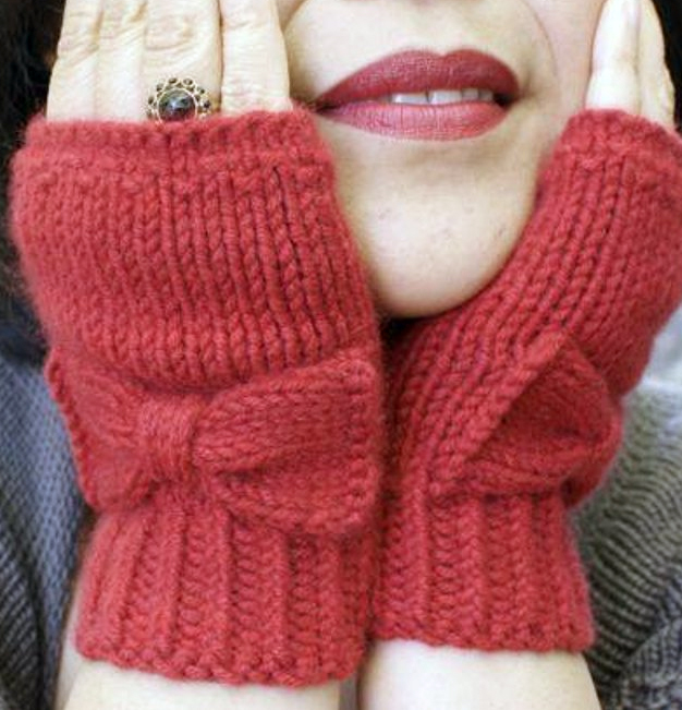 Knitting Pattern for Easy Flat Audrey Gloves