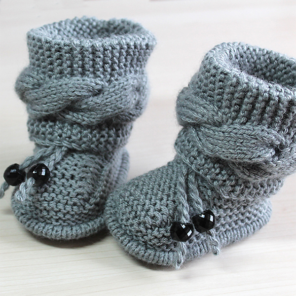Free Baby Bootie Cable Knitting Pattern