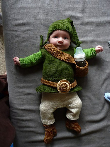 Free knitting pattern for Baby Link outfit for Legend of Zelda
