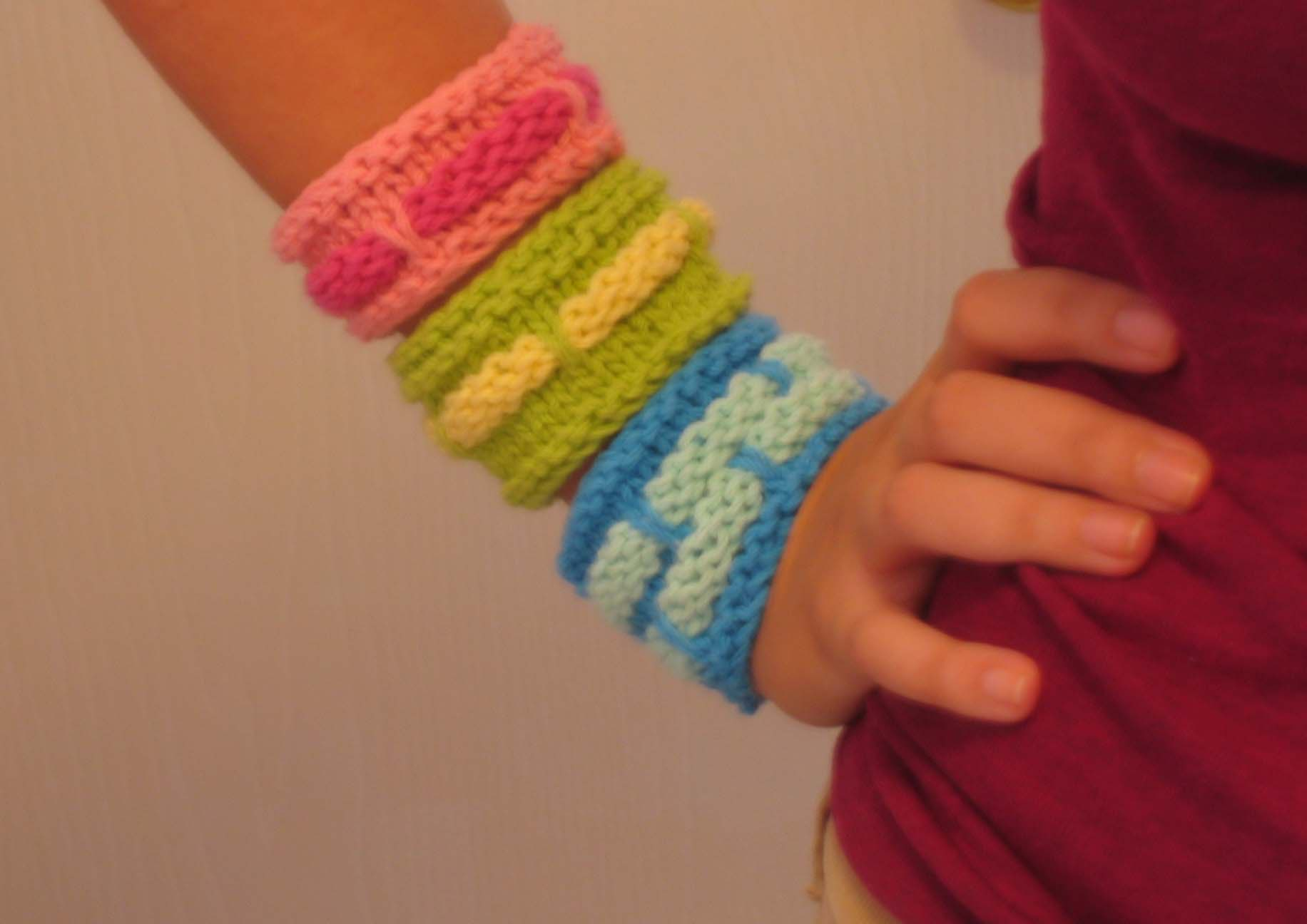Band Cuffs Free Knitting Pattern | Jewelry Knitting Patterns, many free patterns, at http://intheloopknitting.com/jewelry-knitting-patterns/