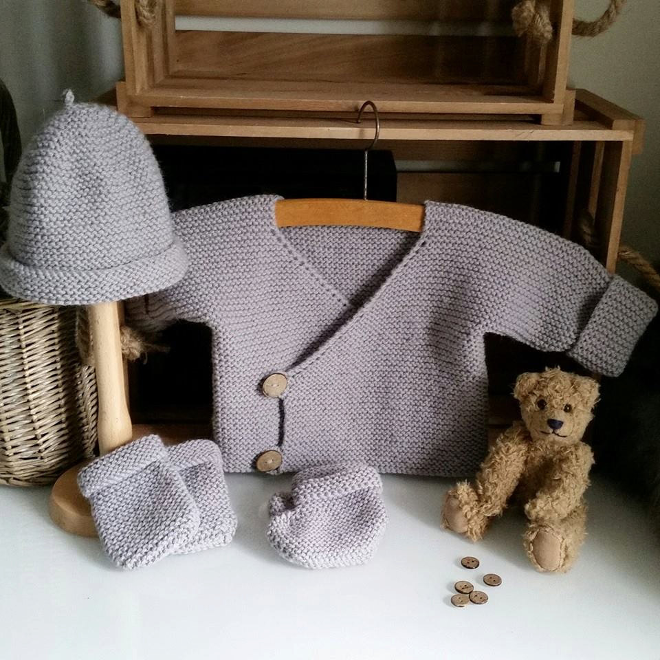 Knitting Pattern for Baby Layette for Beginners