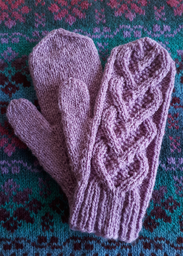 Free Knitting Pattern for Bellevue Mittens