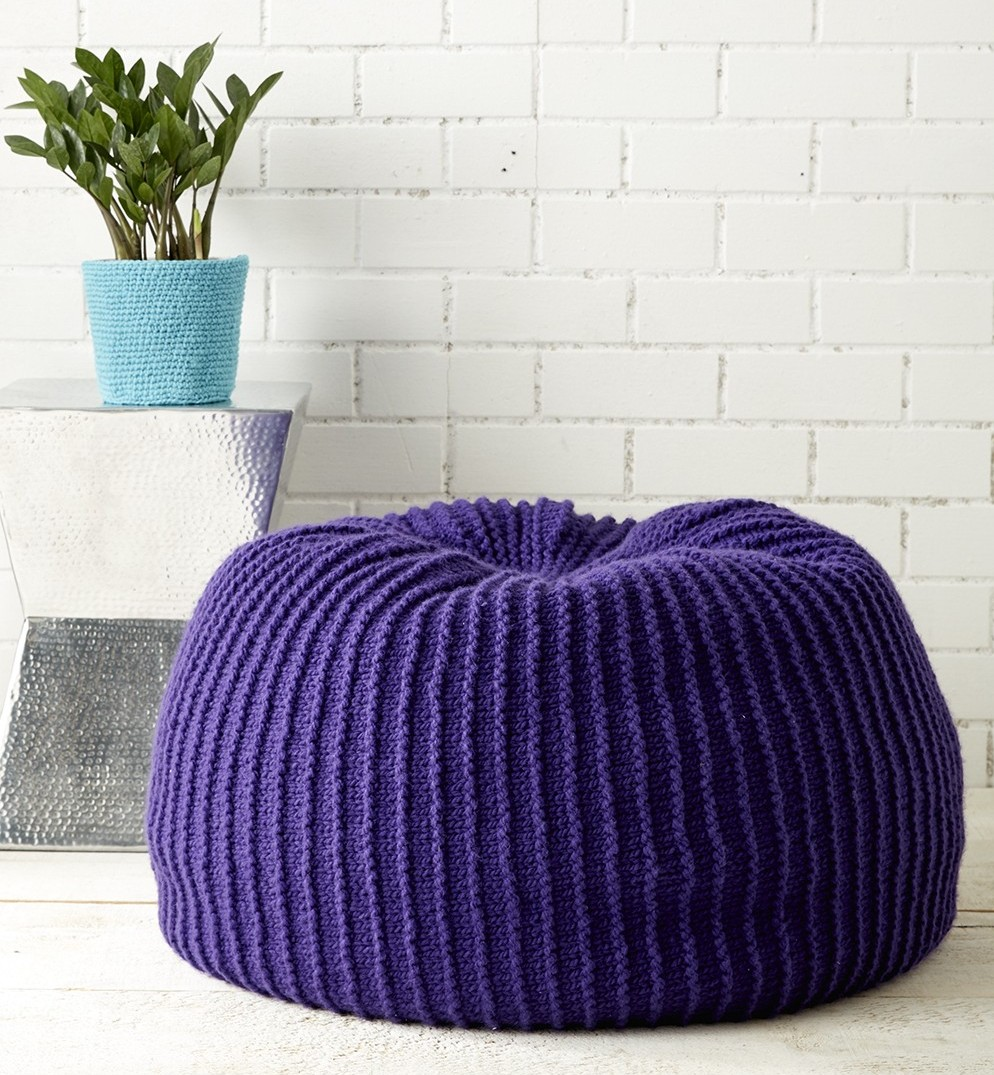 Free knitting pattern for comfortable pouf