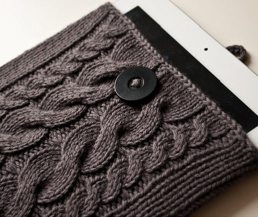 Knitting Pattern for Cable Tablet Cover
