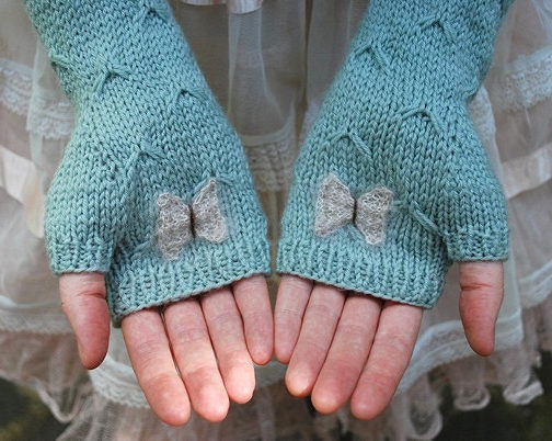 Knitting Pattern for Catching Butterflies Mitts
