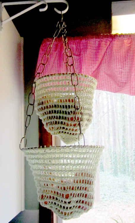 Free Knitting Pattern for Cestino Hanging Basket