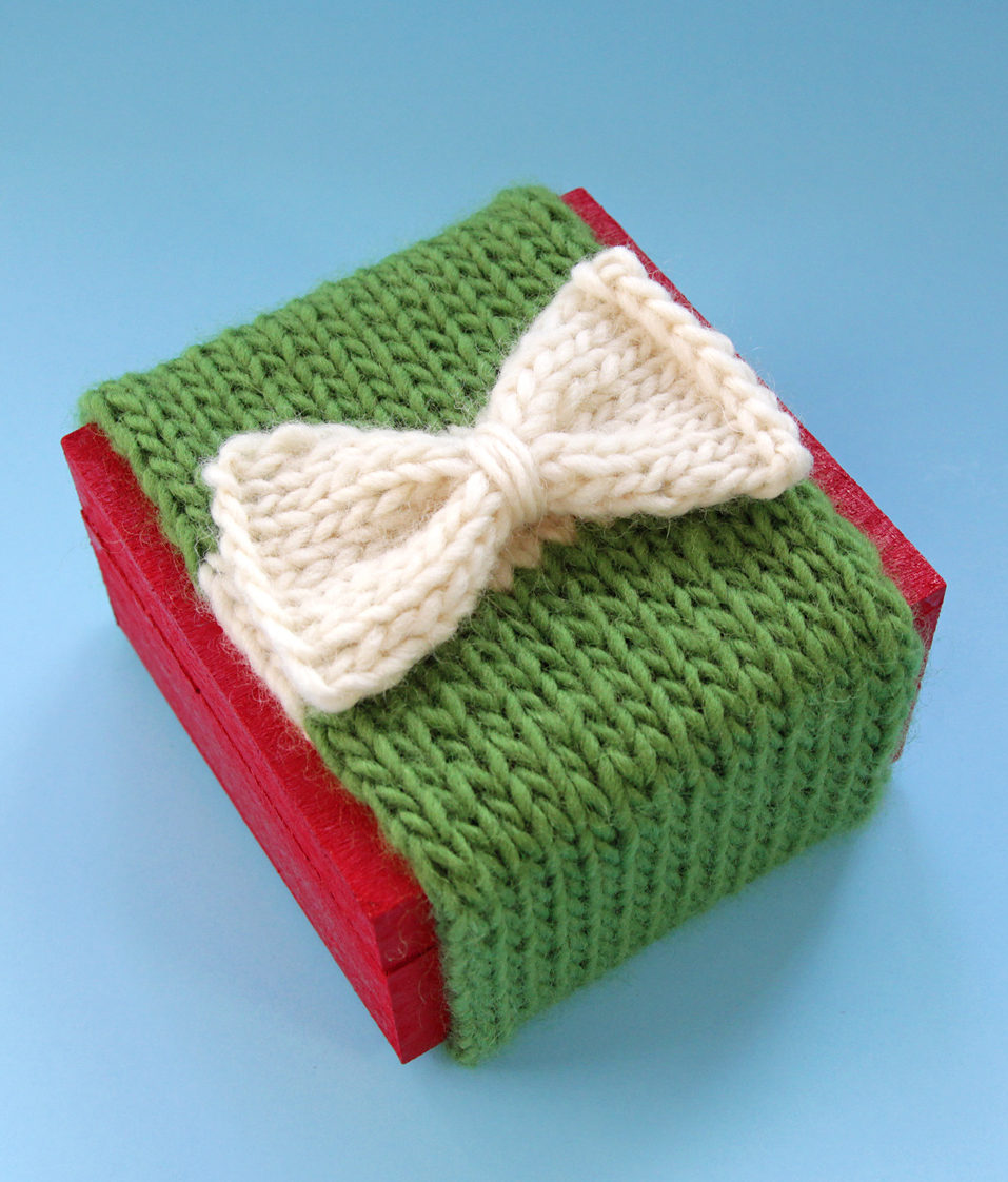 Free Knitting Pattern for Knit Gift Wrap