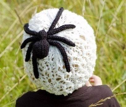 Charlottes Web Hat Knitting Pattern lace hat with spider