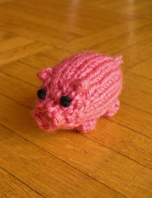 Free Knitting Pattern for Tiny Pig Chichester
