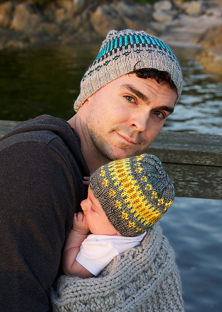 Free knitting pattern for Clayoquot Toque parent and child hats in fair isle pattern