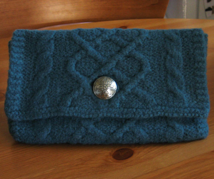 Free Knitting Pattern for Cleo Clutch