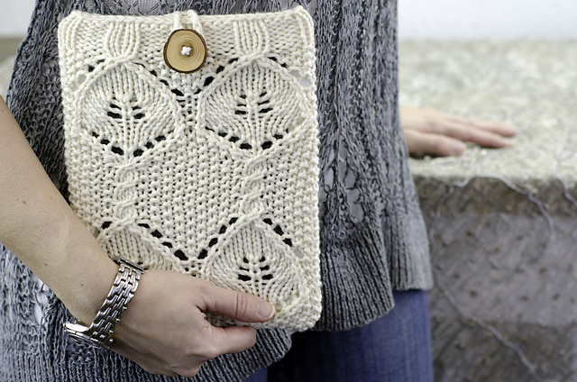 Free knitting pattern for Corylus iPad Sleeve and more device knitting patterns