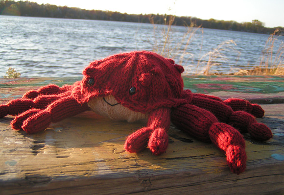 Free knitting pattern for King Crab toy and more sea creature knitting patterns