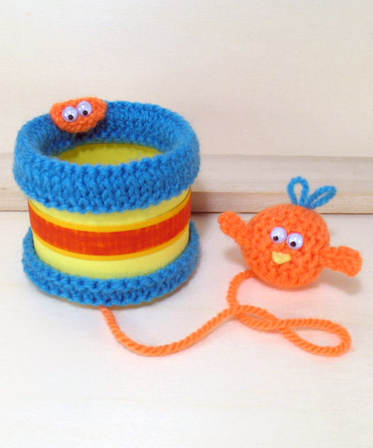 Free Knitting Pattern Cup and Birdie Game aka cup and ball game