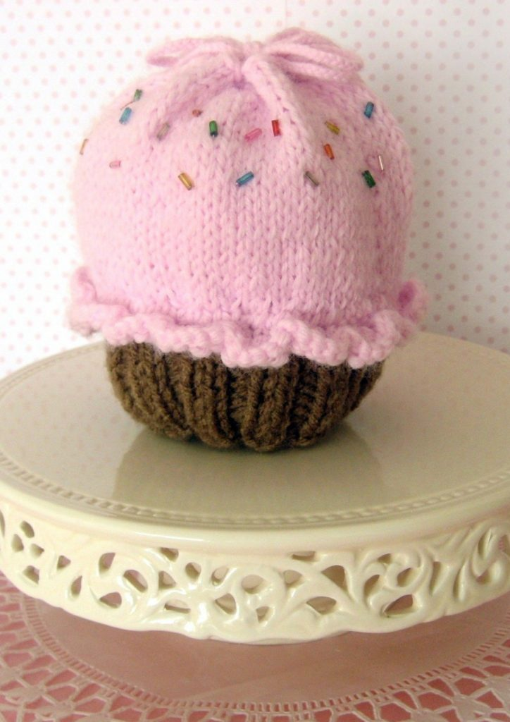 Knitting pattern for Cupcake Drawstring Bag