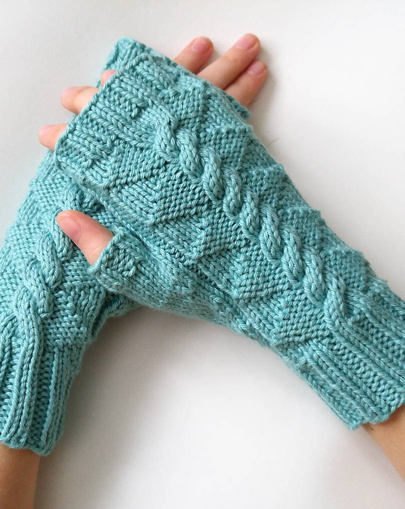 Free Knitting Pattern for Daenerys Mitts