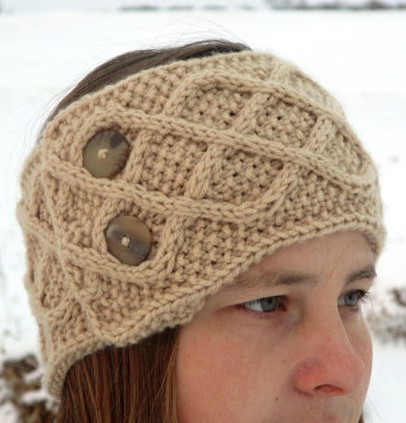 Knitting pattern for Diamond Cable Headwarmer