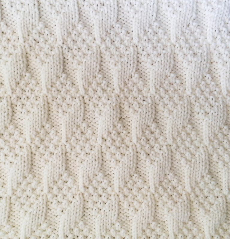 Knitting Pattern for Diamond Texture Reversible Baby Blanket