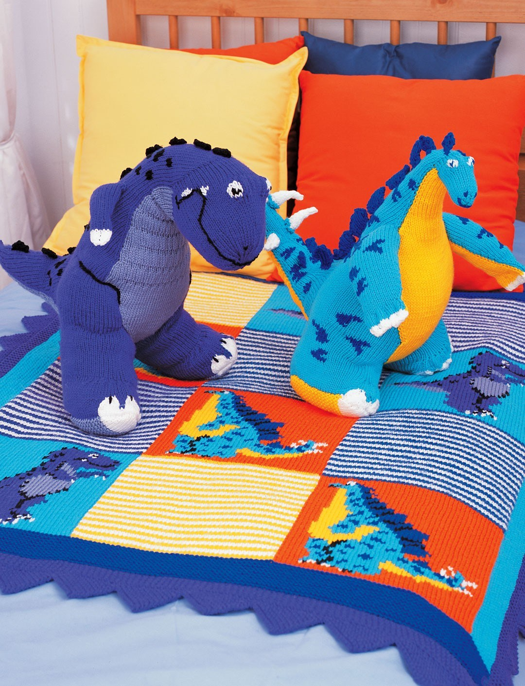 Free knitting patterns for Tyrannosaurus, Stegosaurus and Dinosaur Blanket