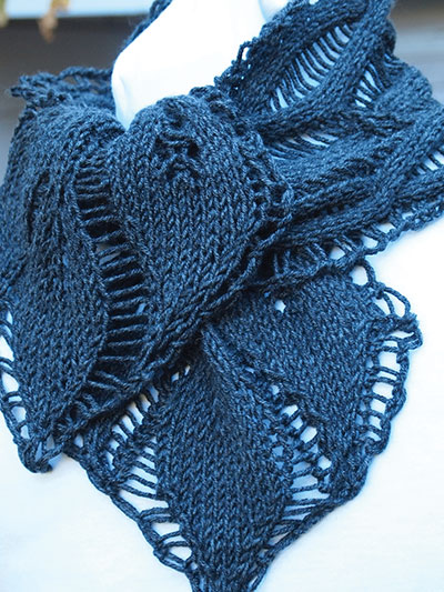 Drop Leaf Scarf Knitting Pattern
