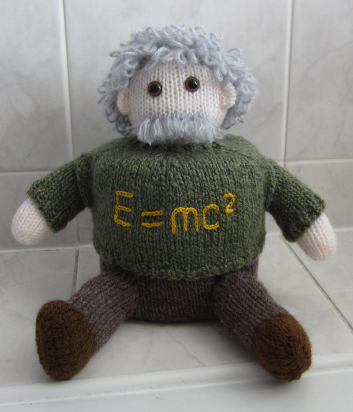 Knitting Pattern for Einstein Toilet Roll Cover