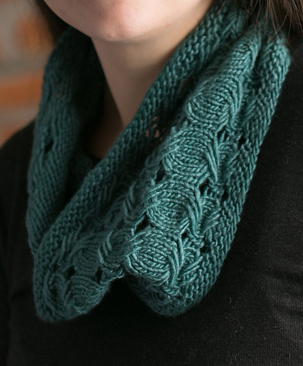 Free Knitting Pattern for Elis Cowl