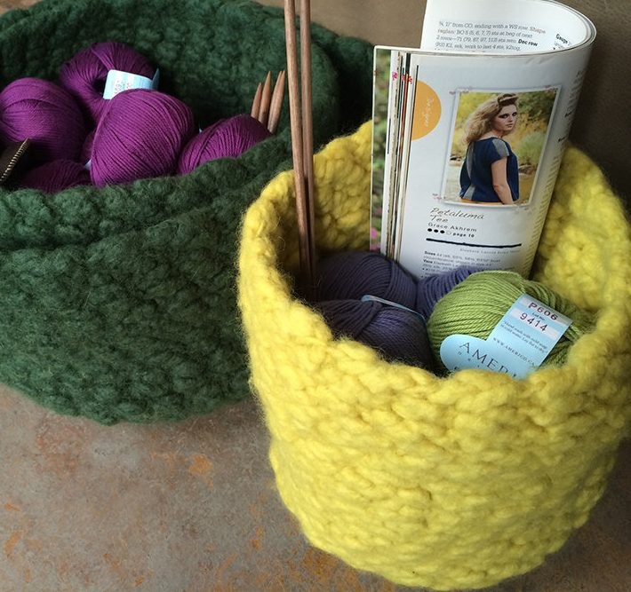 Free knitting pattern for Ellenesque Felted Bowl