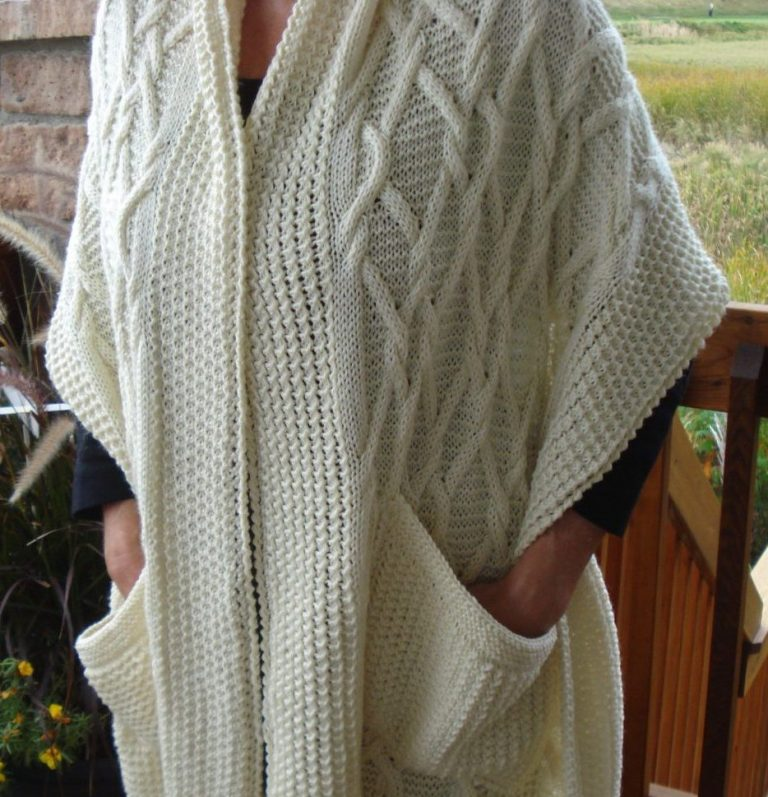 Knitting Pattern for Emerald Isle Shawl With Pockets