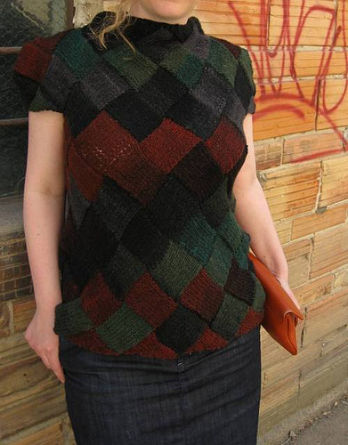 Free knitting pattern for entrelac top sweater Harlequin Learns Japanese. Sarah Sutherland's close fitting, hip length sweater is worked using entrelac and constructed in such a way that the pattern is not interrupted anywhere for shaping